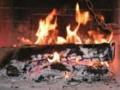 Jak rozpalić w kominku i nie narobić dymu