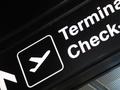 Jak zabezpieczyć bagaż przed podróżą samolotem?