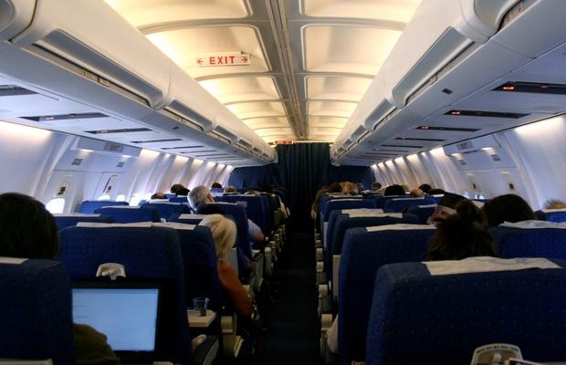 Pierwsza podróż samolotem - krok po kroku