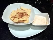 Dip serowy z nachos