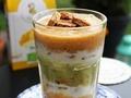 Pysznie i naturalnie – Przepis na bombowo witaminowy deser z banana, nektaryny i kiwi z dodatkiem chrupiących puffingowanych owoców