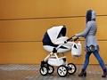 Mama wie lepiej: niebezpieczne potrząsanie dzieckiem – nie wolno tego robić, szczególnie w wózku!