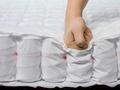 Odpowiednio dobrany materac i poduszka - jak wpłynąć na regenerację po treningu?