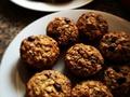Zdrowe przekąski – Miodowo orkiszowe ciasteczka z płatkami orkiszowymi dla małych i dużych miłośników zdrowych słodyczy