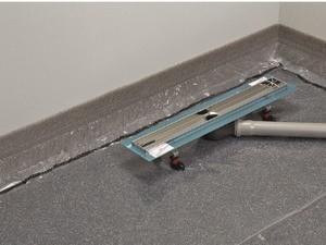 Jak prawidłowo zamontować odwodnienie prysznicowe?