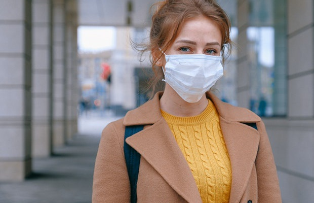 Koronawirus - jak samemu szybko zrobić maseczkę na twarz?