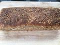 Chleb żytni na zakwasie z ziarnami