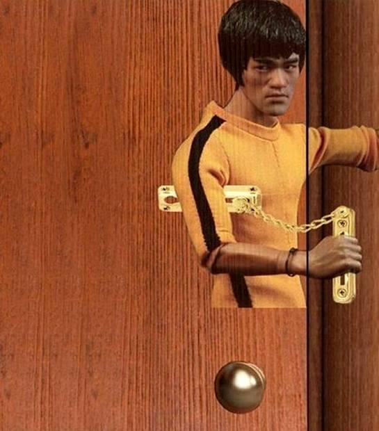 Bruce Lee na straży Twoich drzwi