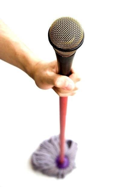 Śpiewaj podczas sprzątania